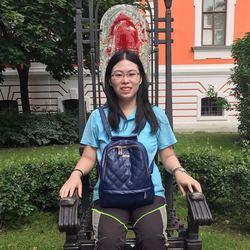Hongting Xu - inglés a chino translator