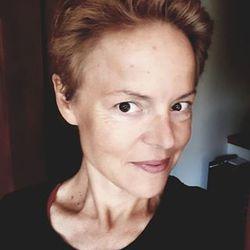 Stephanie Mitchel - French to English translator
