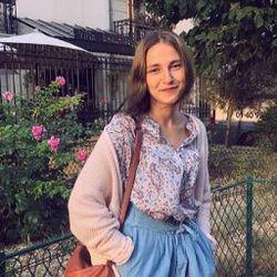 Salwa DCHIECHE - inglés a francés translator