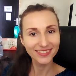 Solomiia Aivoji - rosyjski > ukraiński translator