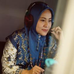 Ria Yufanti Dewi - indonezyjski > angielski translator