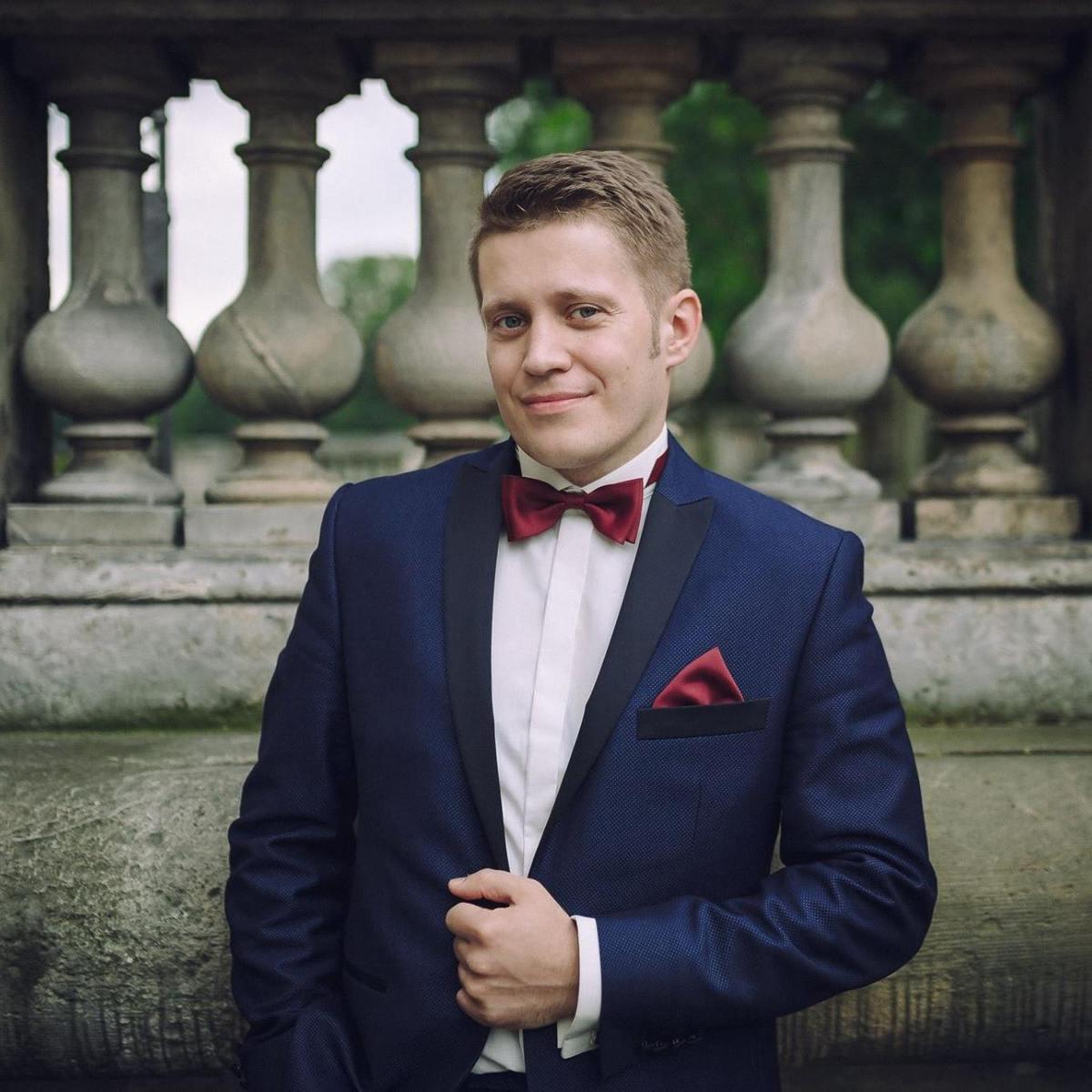 Adrian Niedziela - angielski > polski translator