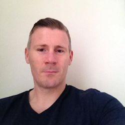 Micheal Dennehy - francés a inglés translator