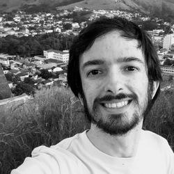 Leniel Maccaferri - inglés a portugués translator