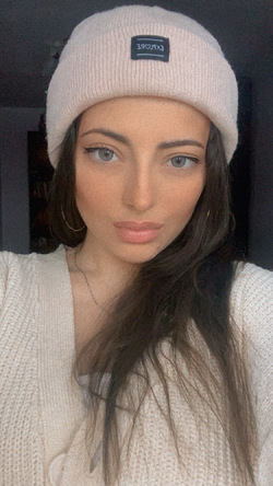 Elina Davtyan - angielski > rosyjski translator