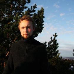 Mads W.-S. - angielski > norweski translator