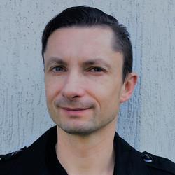 Rafal Grudzinski - angielski > szwedzki translator