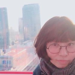 Jade Kim - angielski > koreański translator