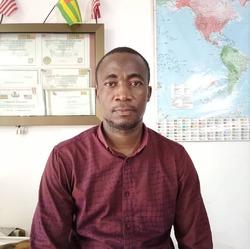 Abderman TCHAZODI - inglés a francés translator
