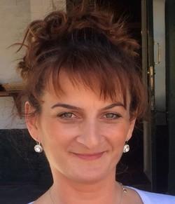Madalina Fierbinteanu - inglés a rumano translator
