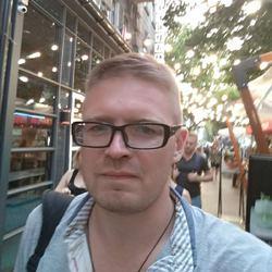 Sergey Adamenko - ukraiński > rosyjski translator