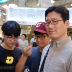 Giyeon Jhang - angielski > koreański translator