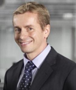 Derek Silva - finlandés a inglés translator