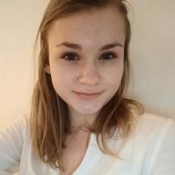 Franziska Bienia - English to German translator