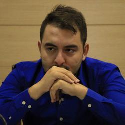 Ali Rezavand - Farsi (Persian) to English translator
