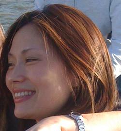 Julie Chae - angielski > koreański translator
