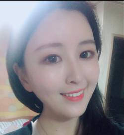 Young-na Kim - francuski > koreański translator