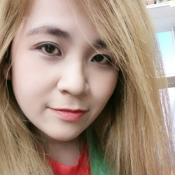 Lerdporn Denchanchai - inglés a tailandés translator