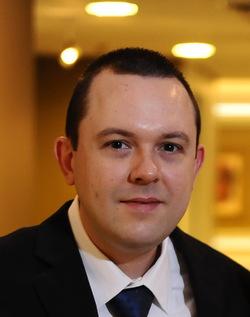 Lucas Piatnicki - inglés a portugués translator