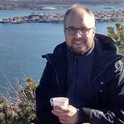 Martin Book - angielski > szwedzki translator