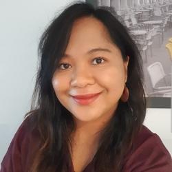 Yulia Asyari - inglés a indonesio translator