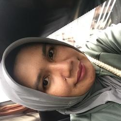 Sri Amin - inglés a indonesio translator