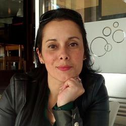 Sílvia Martins - English to Portuguese translator