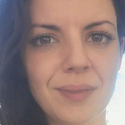 Eleni Karachaliou - angielski > grecki translator