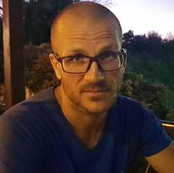 Tibor Kajtor - English to Romanian translator