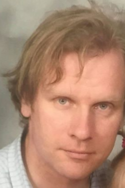 Jonathan Widell - angielski > fiński translator