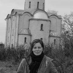 Agnes Kriza - English a Hungarian translator