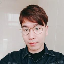 JuHyung Maeng - angielski > koreański translator