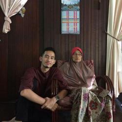 Hakimi Mutalib - Arabic to English translator
