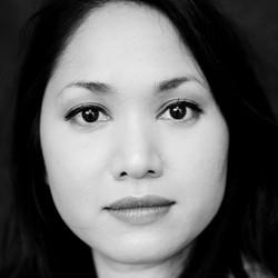 Rachel Mungra - neerlandés a inglés translator