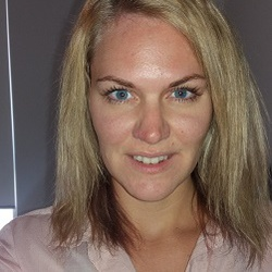 Emelie Nilsson - English to Swedish translator