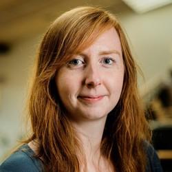Katie Cavendish - alemán a inglés translator