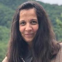 Mihaela Glodariu - inglés a rumano translator
