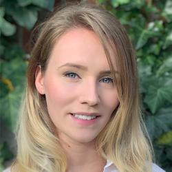 Dawn Scholten - Swedish to Dutch translator