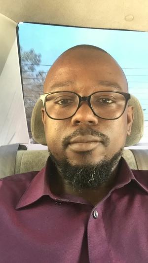 Ibrahim Balogun - árabe a inglés translator