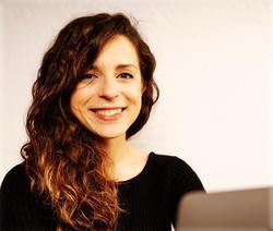 Laura Calzetti - niemiecki > włoski translator