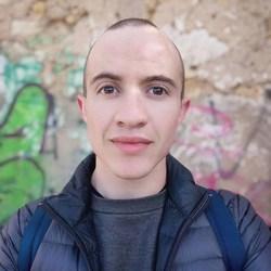 Declan Maherry - afrikaans a inglés translator