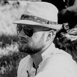 Adrian Kaliszuk - angielski > polski translator