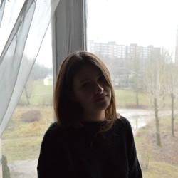 Oksana Ryvko - angielski > ukraiński translator