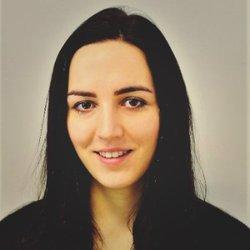 Romana Lojkova - inglés a eslovaco translator