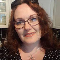 ELISABETH Sareussen - inglés a noruego translator