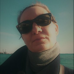 Elena Stoyanova - angielski > bułgarski translator