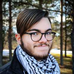 Lauri Kaila - fiński > angielski translator