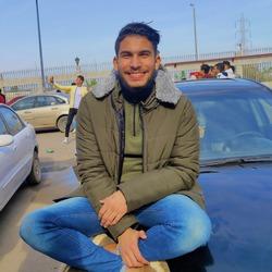 Mahmoud Ghallab - inglés a árabe translator