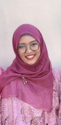 Noka Cahyaningtyas - inglés a indonesio translator