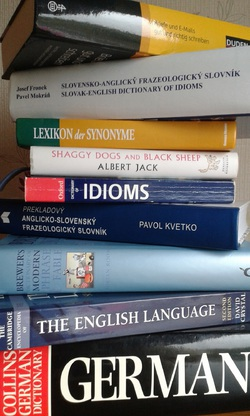 Pet Val - angielski > słowacki translator